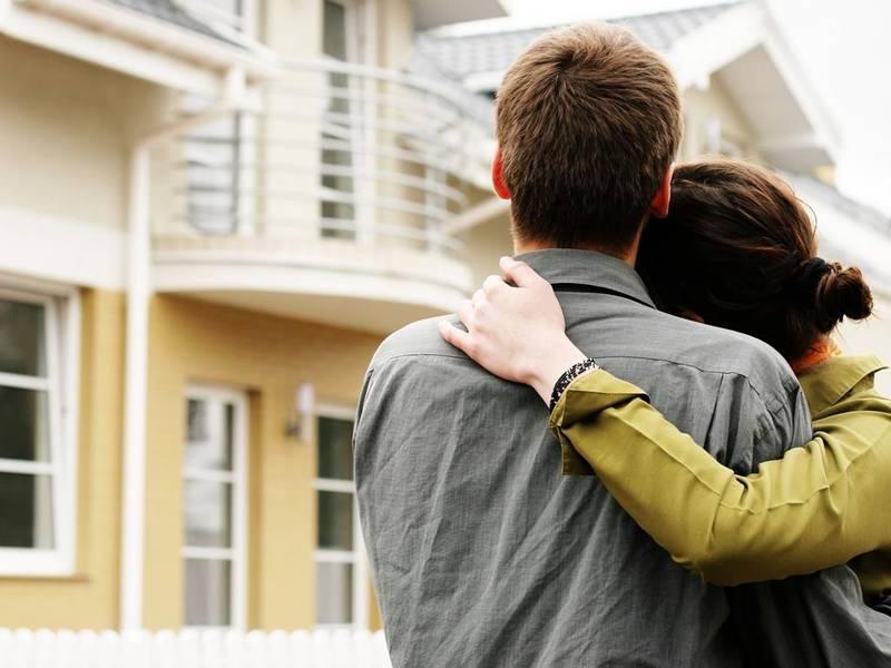 Как молодой семье приобрести собственную жилплощадь?