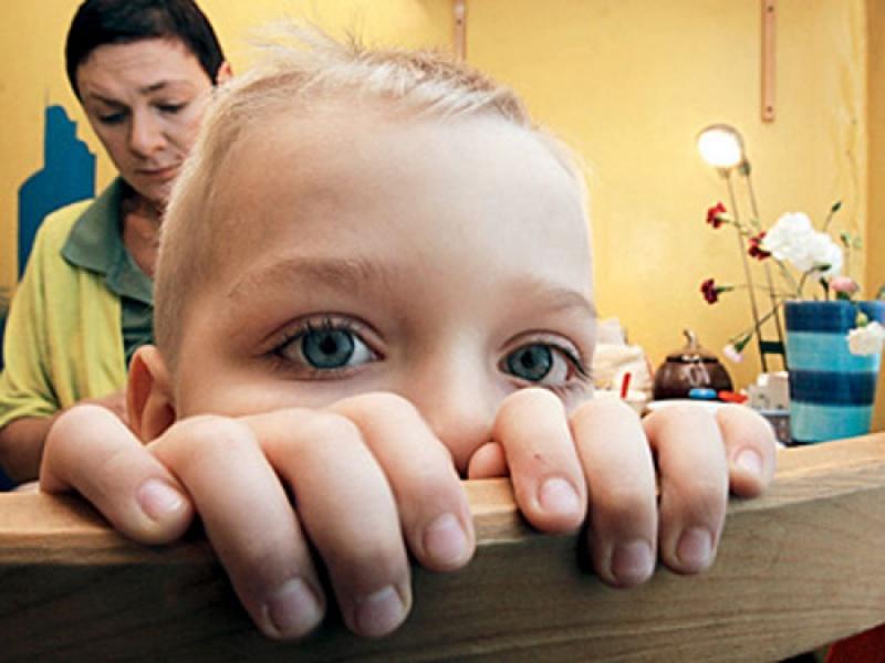 В каком случае мать могут лишить родительских прав?