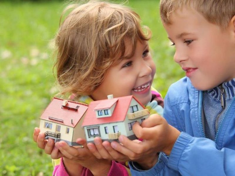 Можно ли подарить недвижимость несовершеннолетнему?