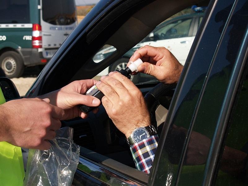 В каких случаях проводится освидетельствование водителя по закону?
