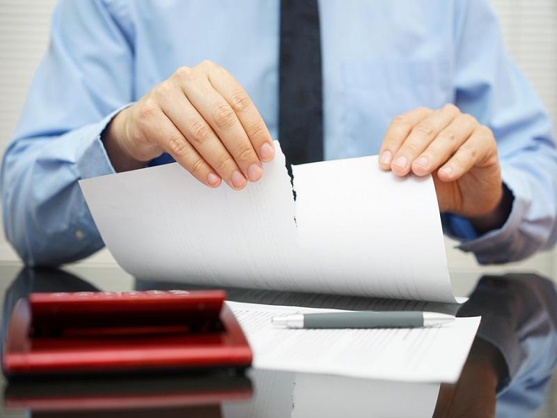 Как расторгнуть договор инвестирования?