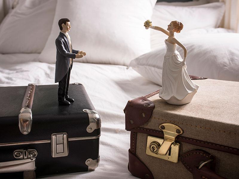 Как выделить долю в совместно-нажитом имуществе при долгах?