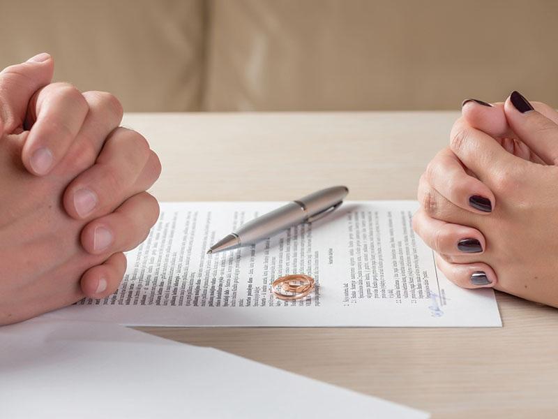При расторжении брачного договора понадобится юрист