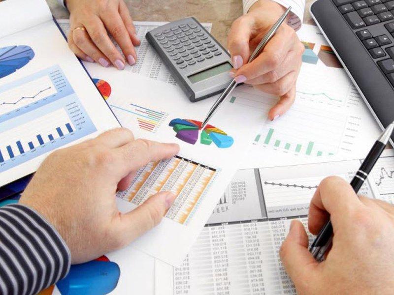 Чем опасны вложения денег в инвестиционные компании?