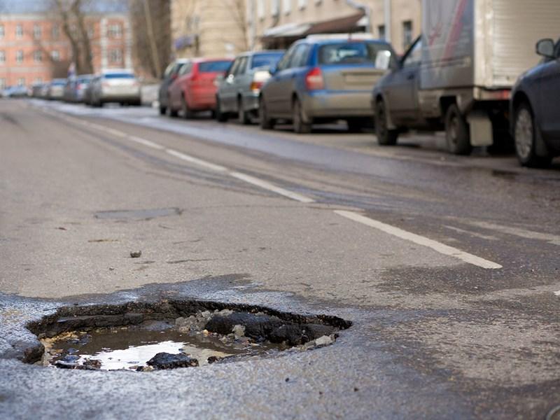 Как действовать, если автомобиль пострадал из-за дороги?