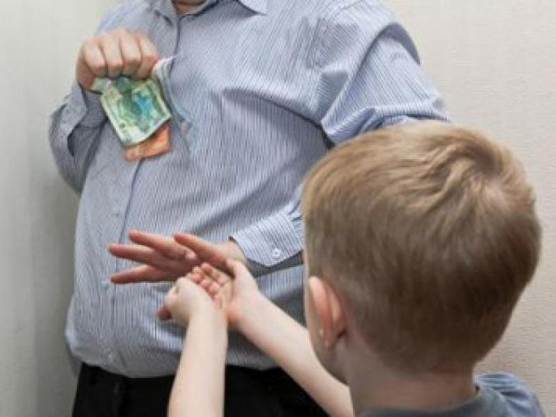 Платил алименты 5 лет не за своего ребенка. Как вернуть деньги?