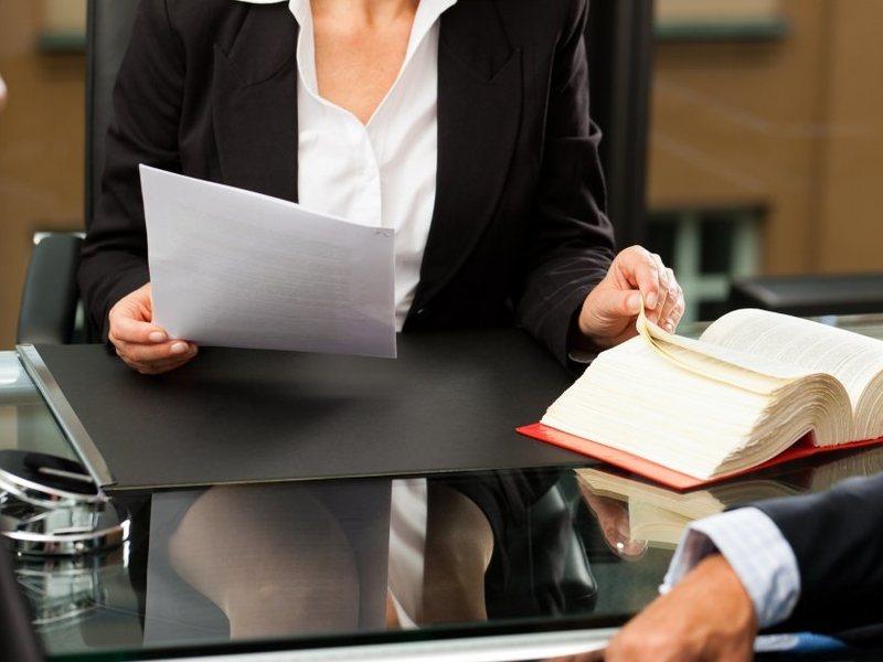 Законна ли комиссия за открытие и ведение ссудного счета в банке?