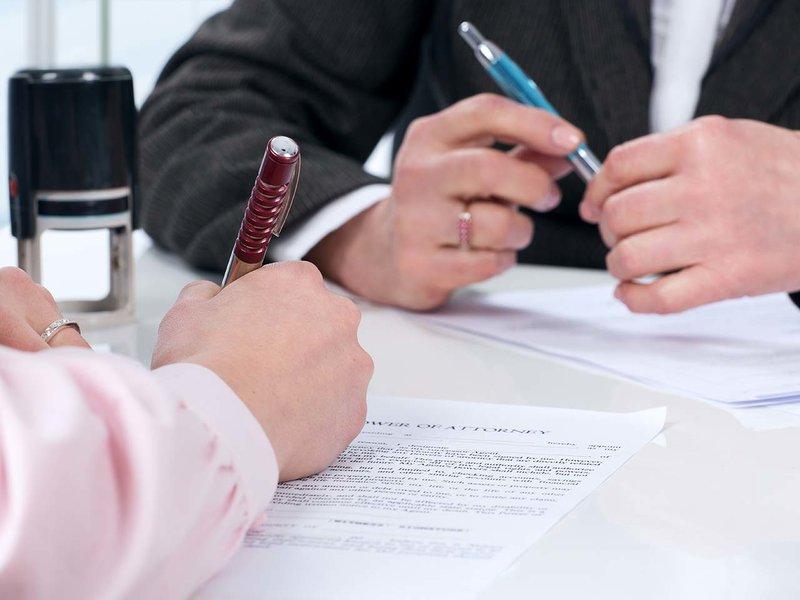 Росреестр может приостанавливать регистрацию сделок должников