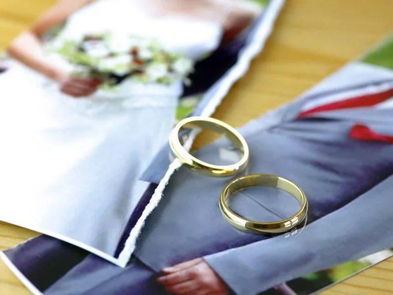 Нужно ли в заявлении указывать реальную причину развода?