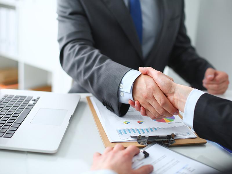 Почему не стоит обращаться к кредитным посредникам?