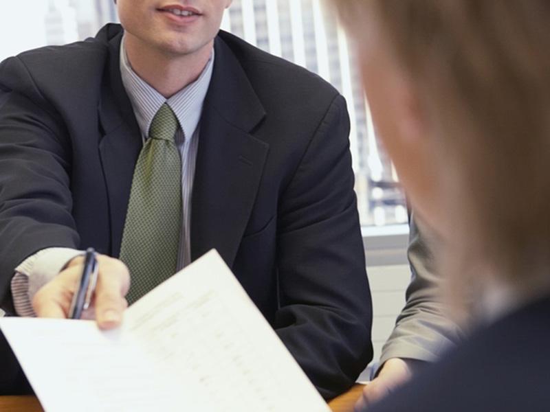 Из-за проблем с юридическим адресом фирмы, работники рискуют остаться без пенсии