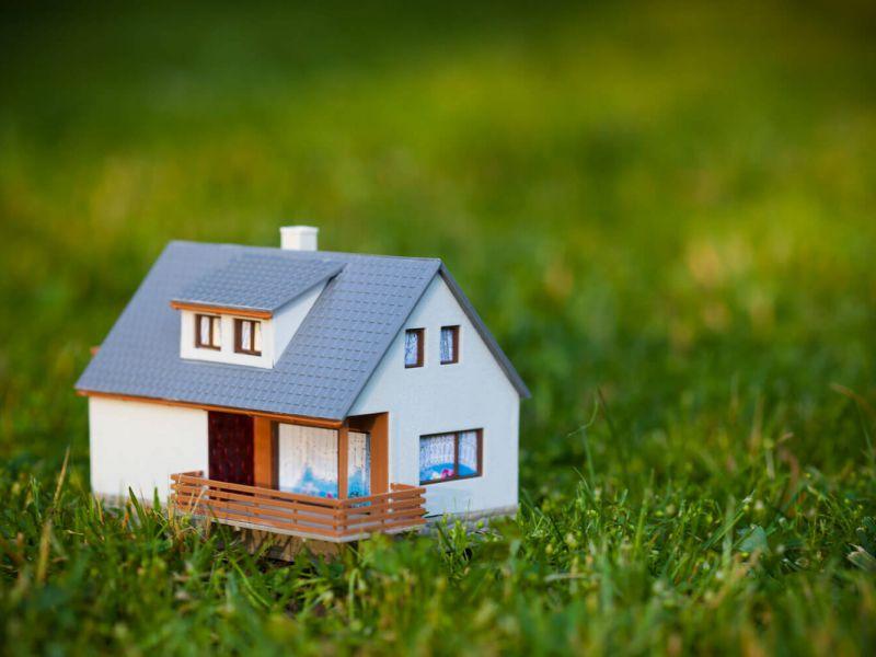 Почему ипотека на строительство дома – это путь в никуда?