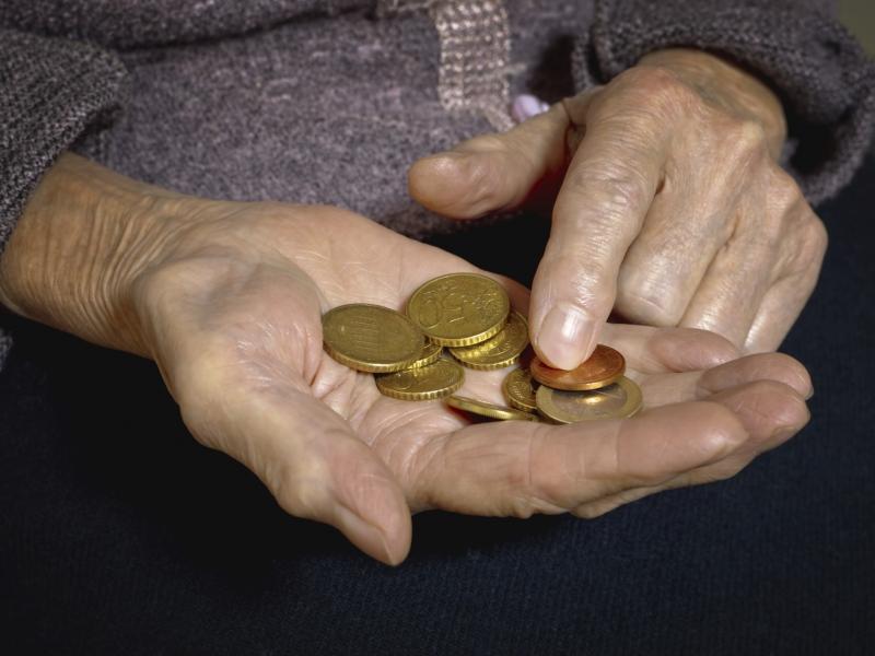 Что собой представляет современный налог на бедность?