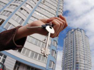 Банкротство бывшего мужа: могут ли забрать квартиру?