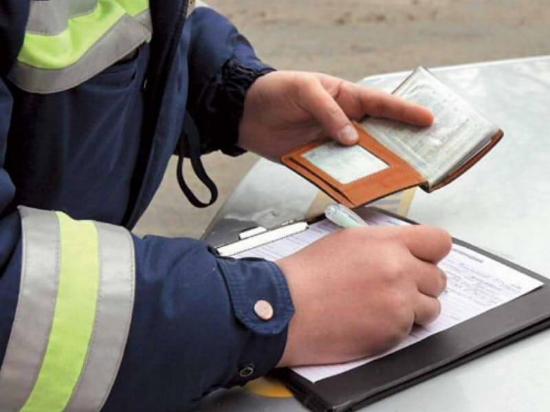 Что делать, если Вас лишают водительских прав?