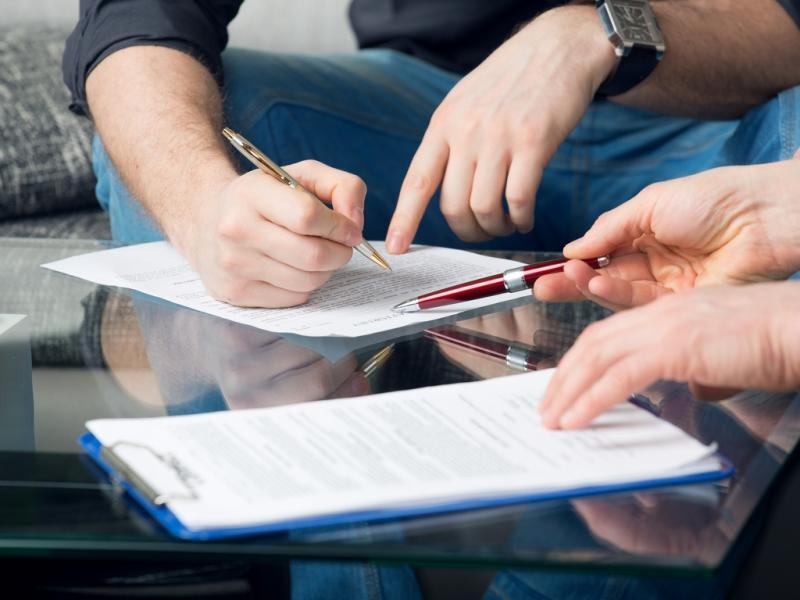 Как проходит правовая экспертиза договора купли-продажи квартиры?