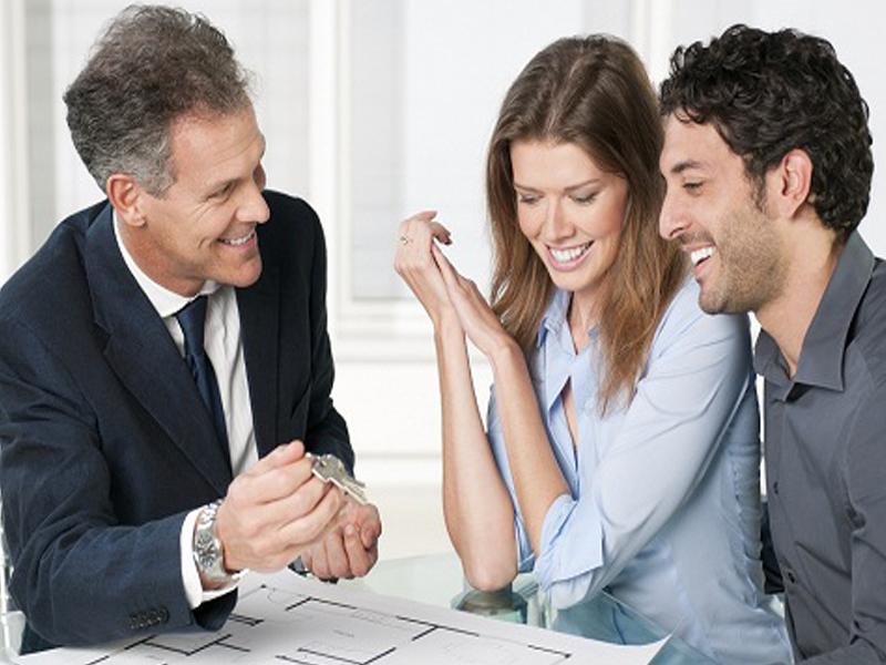 Как продать квартиру и купить другую одновременно?