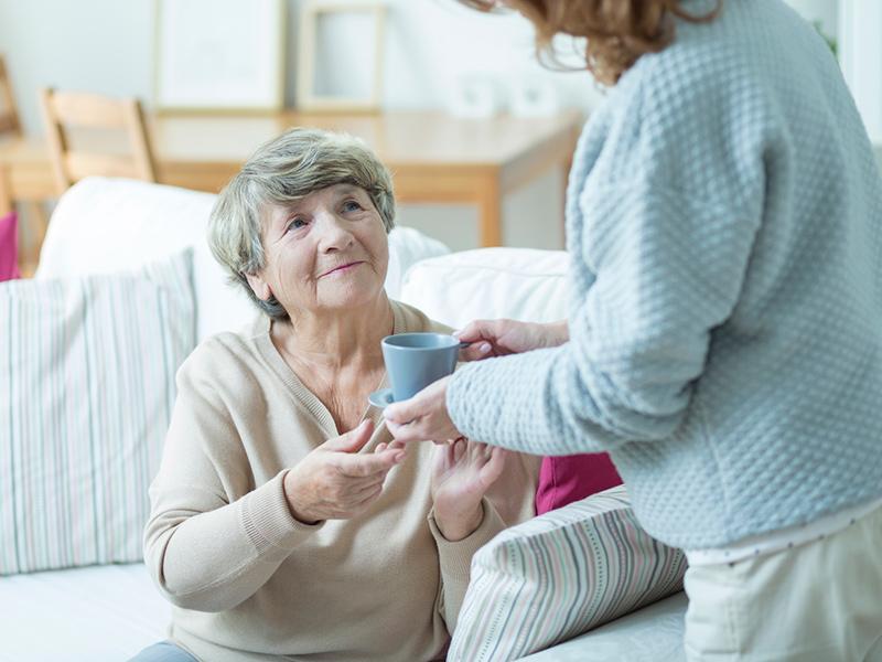 Оформили уход за пожилым человеком, а после серьезно пожалели об этом
