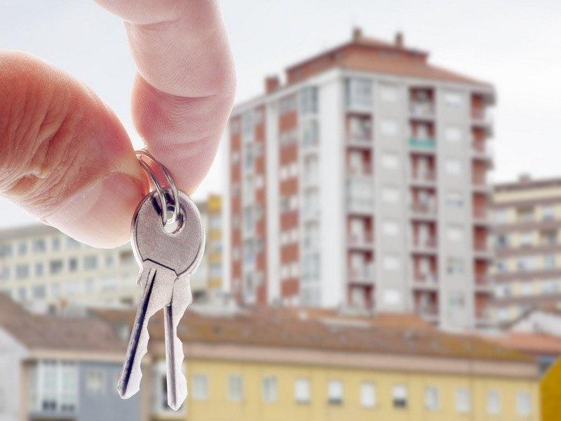 Как продать долю в квартире, в которой проживание невозможно?