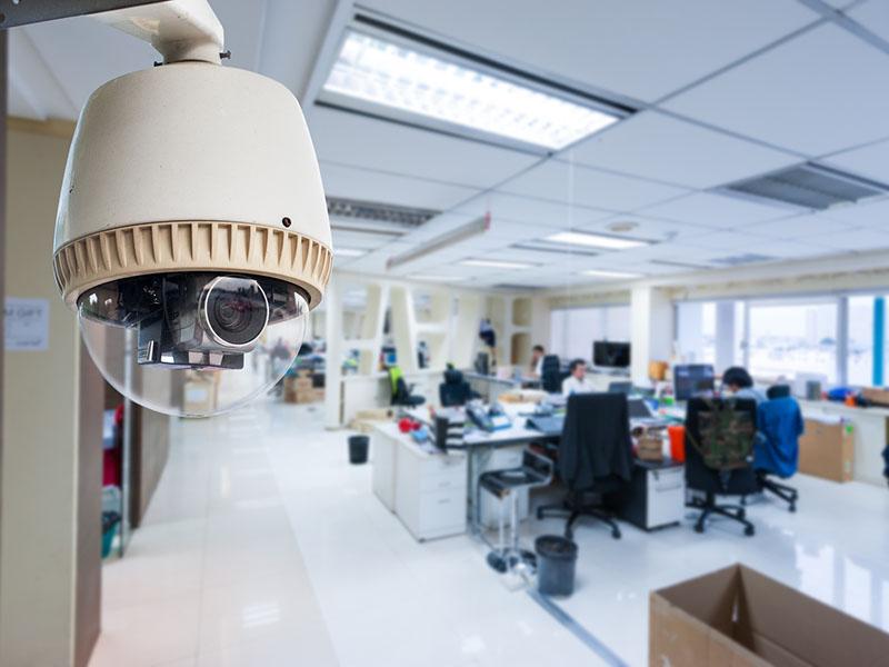 Камеры видеонаблюдения на рабочем месте – правомерно ли это?