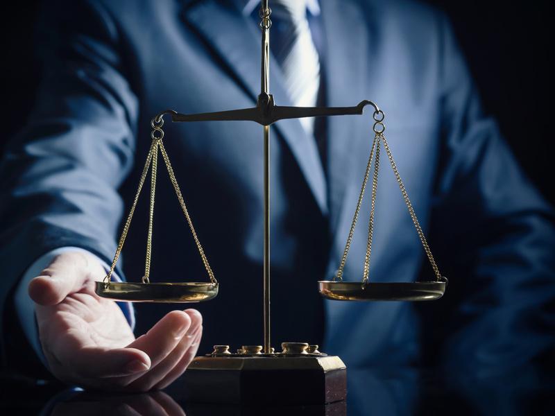 Право на судебную защиту в России: Закон и реальность