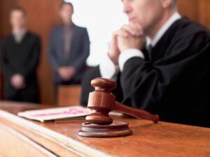 Почему суд не принимает доказательства по делу?