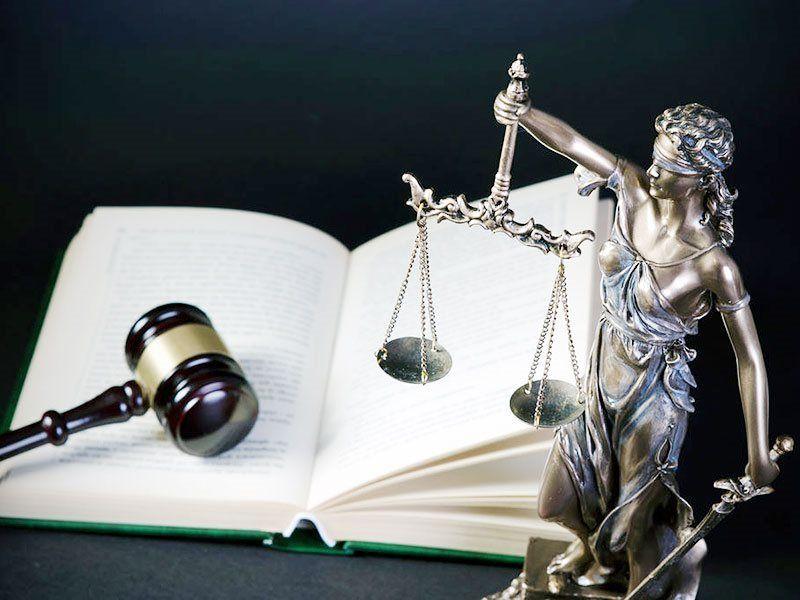 Юридические услуги: виды и особенности