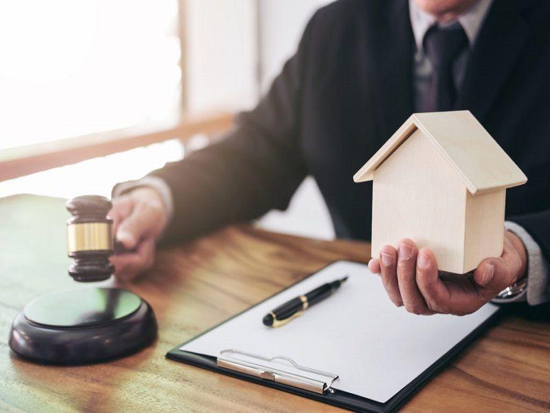 Кто может оспорить право собственности на жильё?